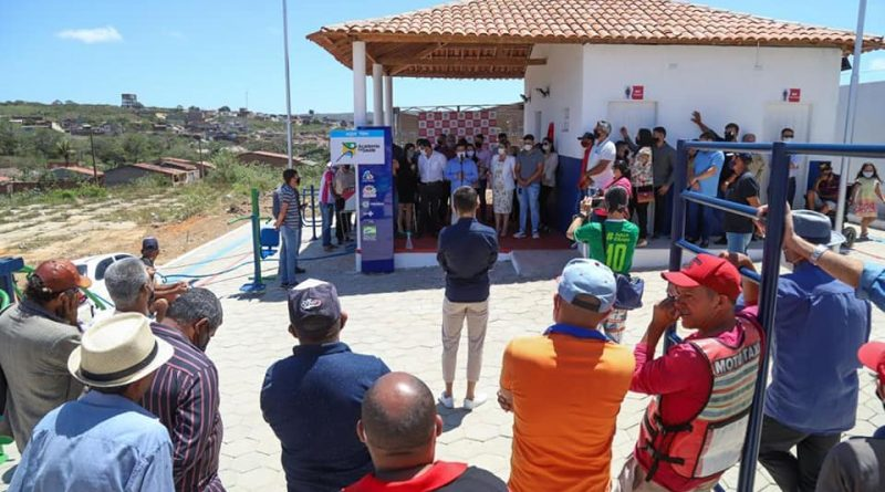 Nesse domingo (19/09) realizamos a entrega de três importantes serviços para nossa população